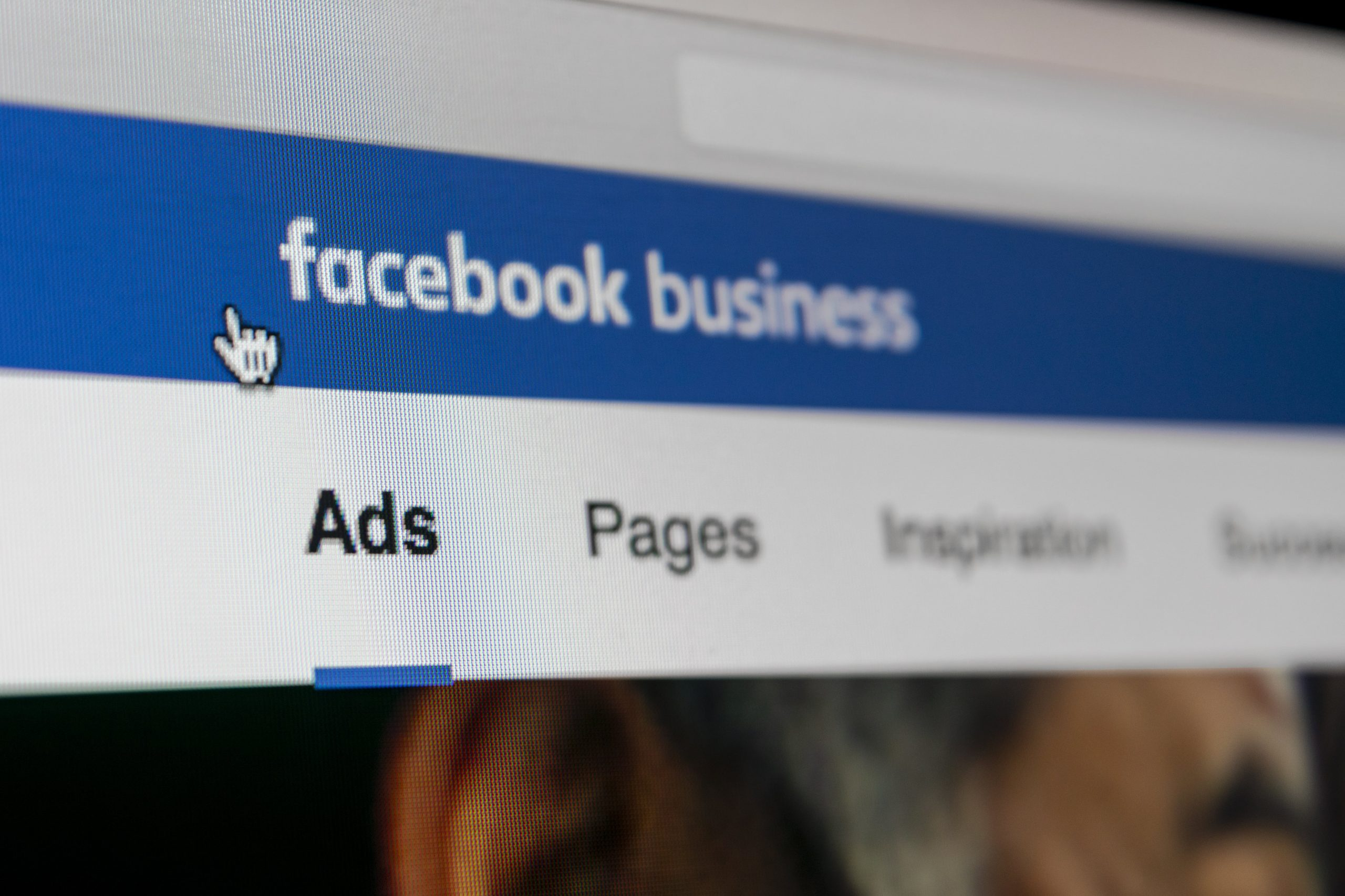 The 6 Most Important Benefits of Using Facebook Advertising for Holiday Marketing