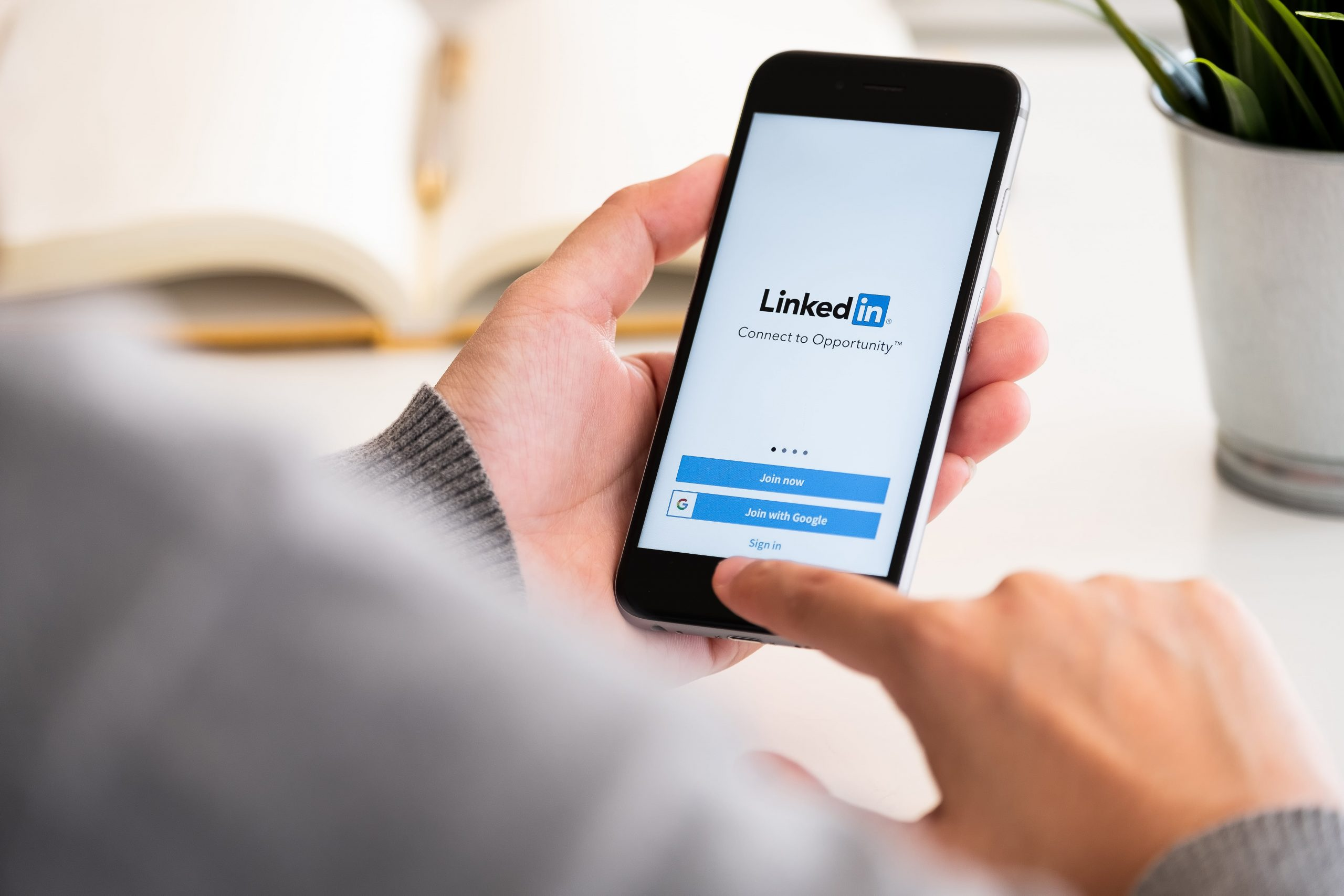 What You Need To Know About Using LinkedIn for Marketing